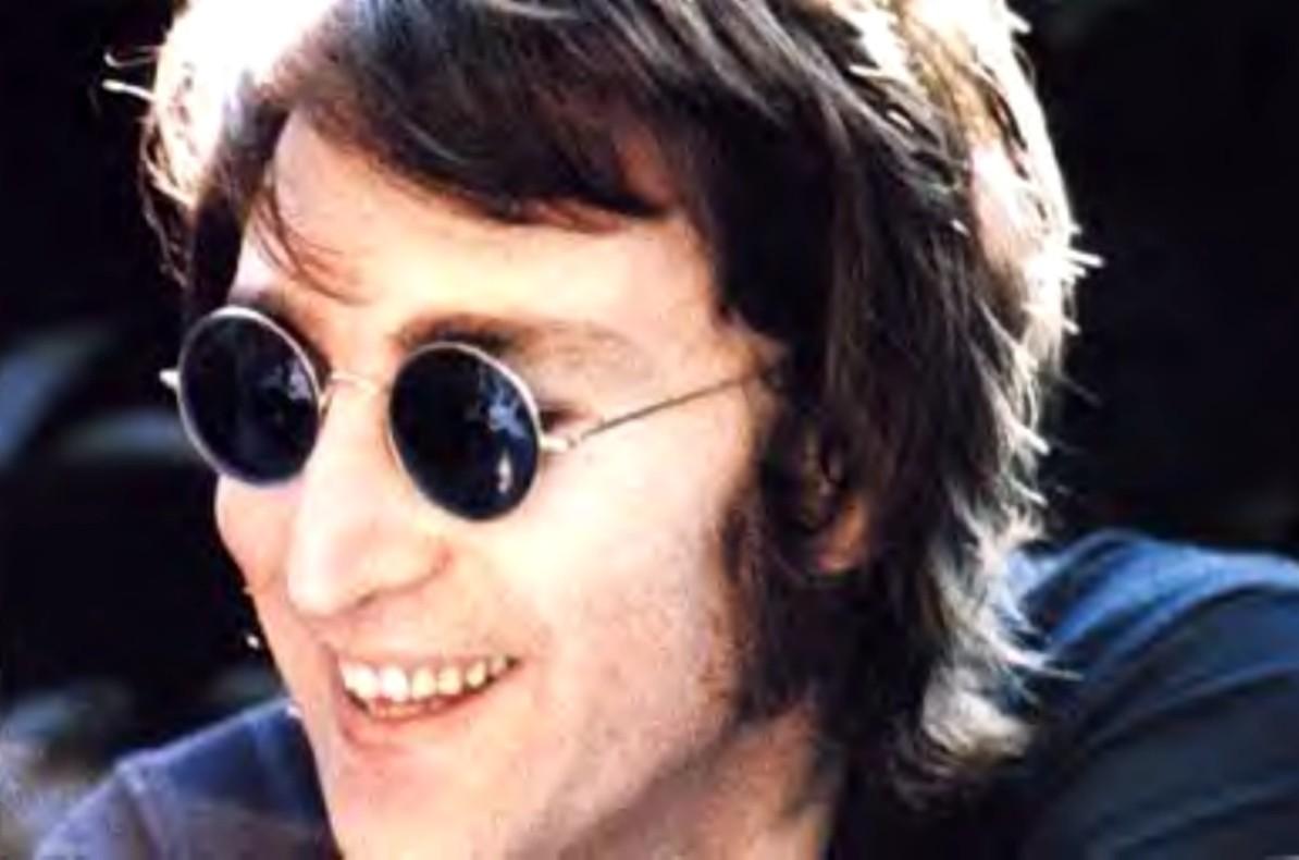 Immagina di clonare John Lennon